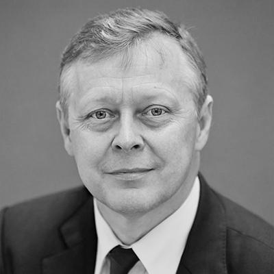 Dr David Holbrook