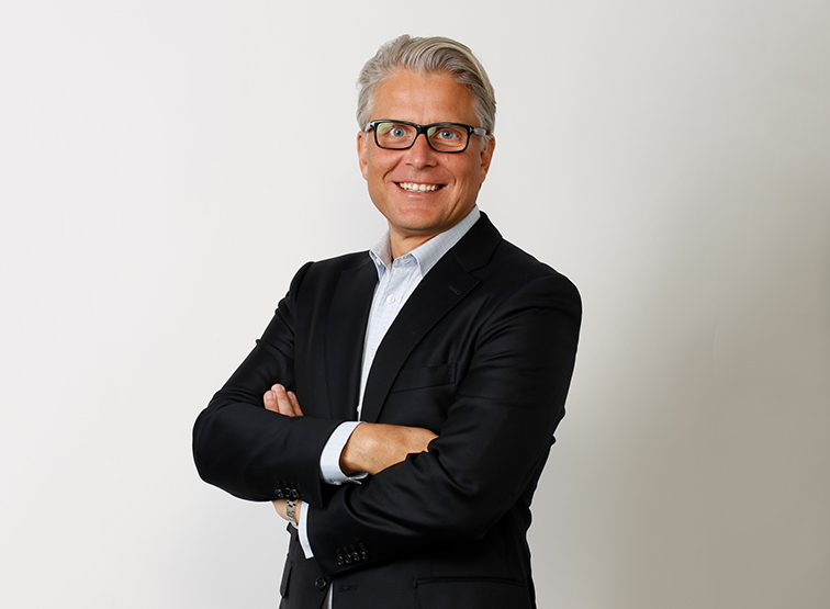 Sven H. Borho